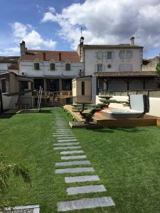 Paysagiste sur Camblanes et Meynac création jardin unique aux portes de BORDEAUX en Gironde
