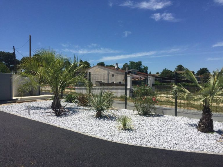Création paysagère pour l'ensemble du jardin - MONTUSSAN proche ST SULPICE ET CAMEYRAC 33