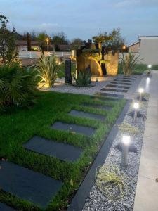 Eclairage en spots LED de vos massifs de jardin TRESSES proche BORDEAUX